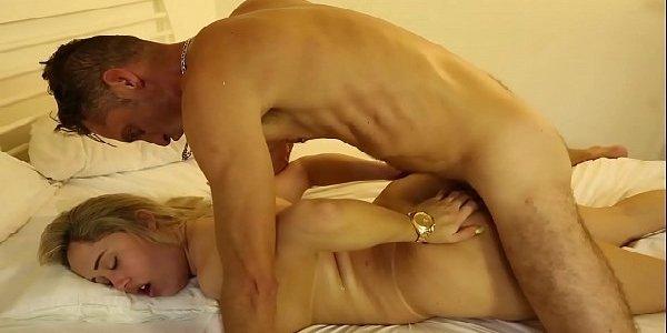 Porno nacional loira gostosa transando com amante