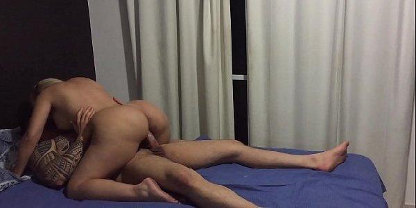 Pornô com loirinha bunduda a puta gostosa safadinha