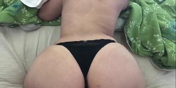 Esposa putinha gostosa transando na quarentena do sexo caseiro