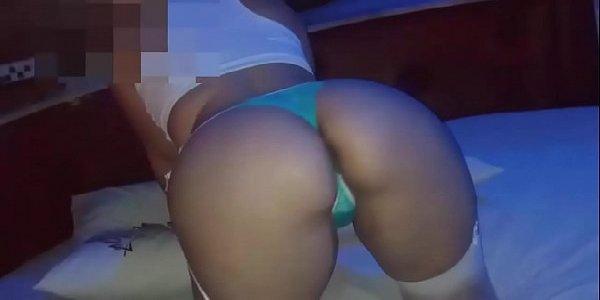 Vídeo caseiro gozando dentro da esposa boazuda gostosa