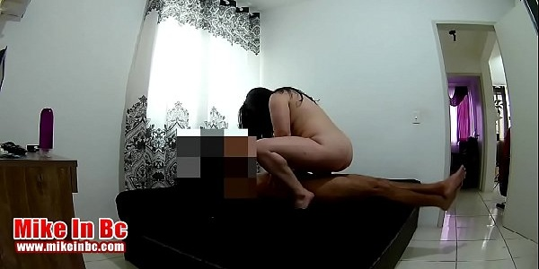 Xvideos hd comendo a novinha cavalona  no sofá